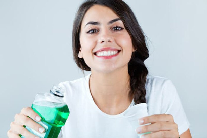 What's the Best Mouthwash for Bad Breath? - Ask the Dentist