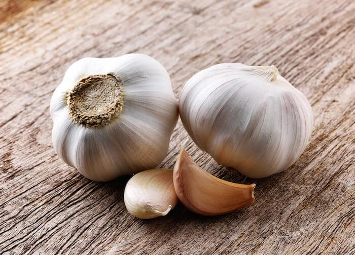 Garlic's Oral Health Benefits - How Garlic Fights Tooth Decay
