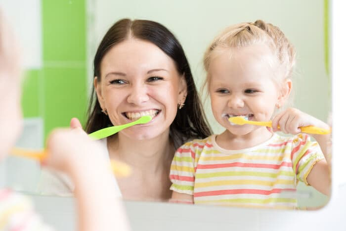 8 simple tricks for brushing your child s teeth how to brush kids